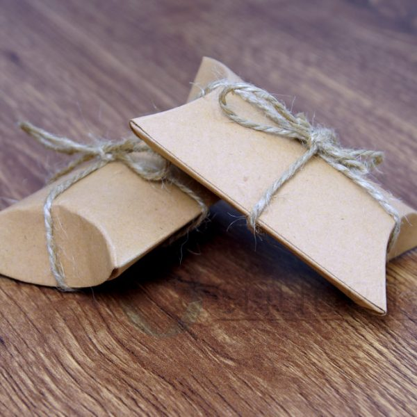 Kivikoru lahja lahjapaketissa